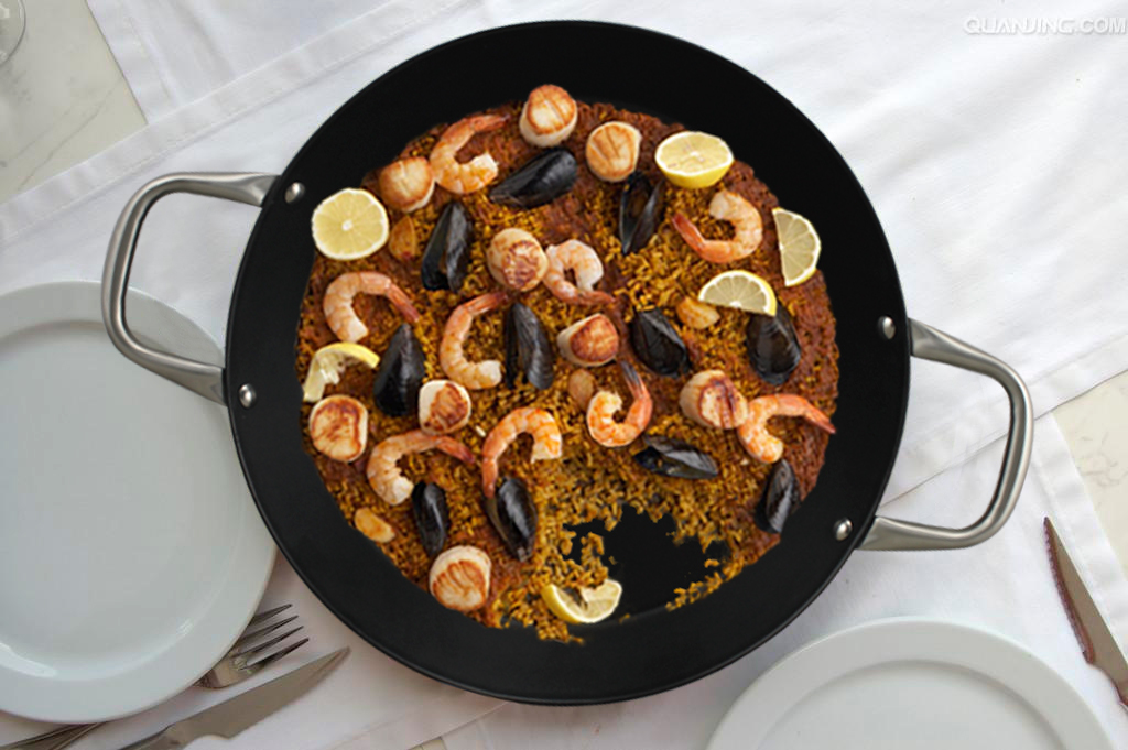 A Lotus Rock Paella Pan